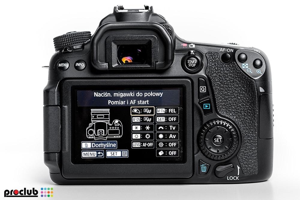 Obiektyw nie ostrzy - menu aparatu Canon